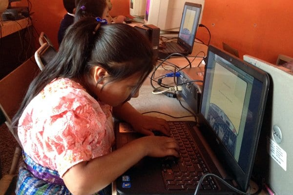 Computer classes for children from the slums