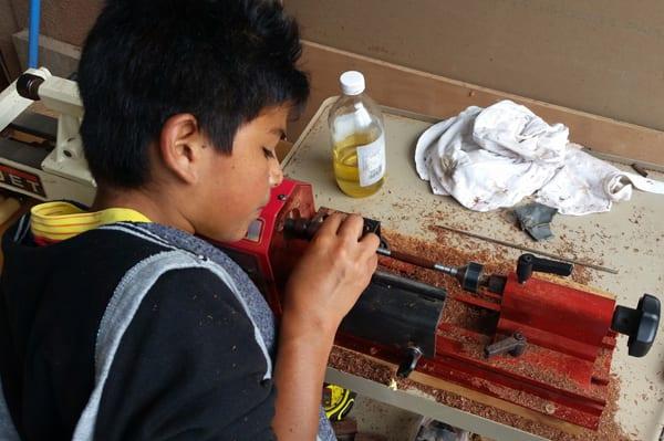 Woodworking at Fundaninos vacation camp