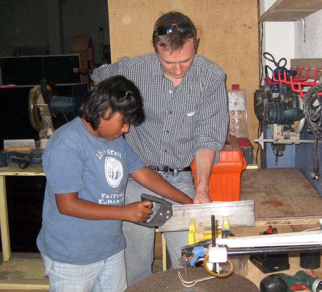 First woodworking classes at the orphanage Fundaninos